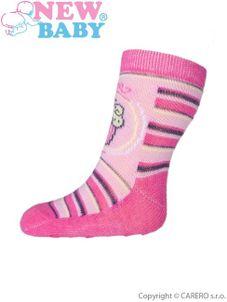 Dojčenské ponožky New Baby s ABS ružové s tortom - Ružová